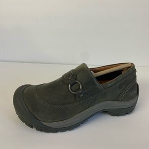 Keen kaci slip on shoes gray leather 8 NEW